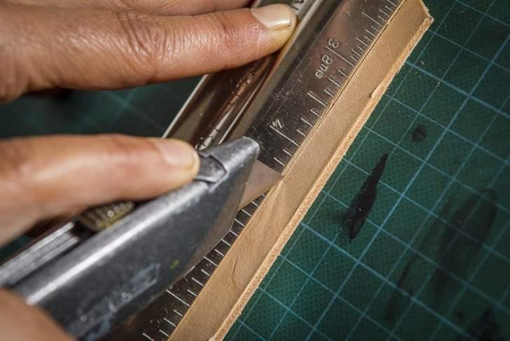 Batikwalletcutting