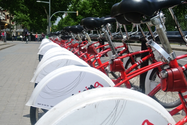 renting bicycles in Barcelona