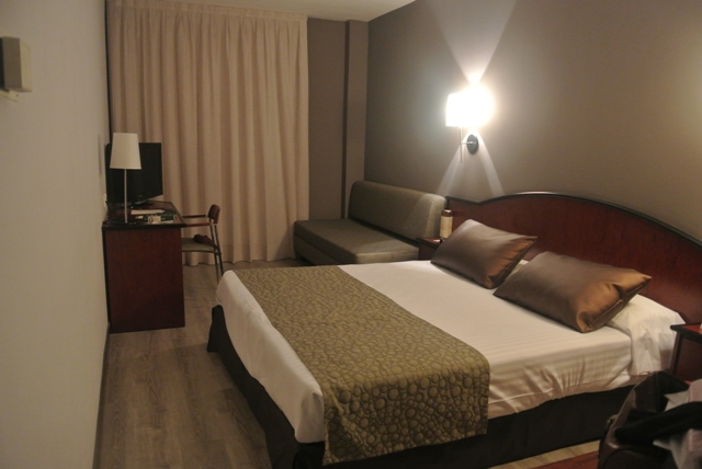 hotel room in Sabadell