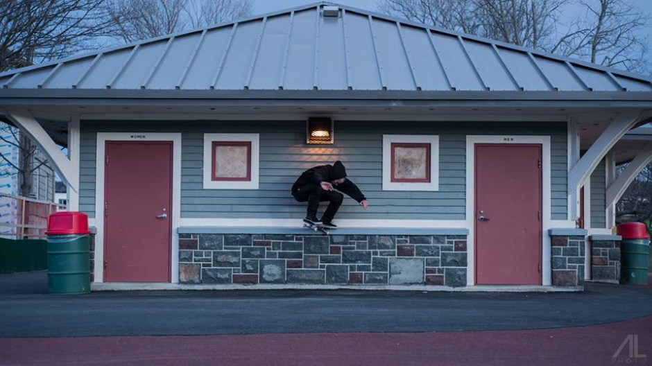 Chris Gollop, BS Crooked Grind. Photo by Adam Lannon