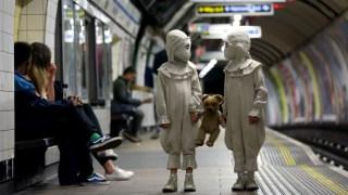 twins-burton-london