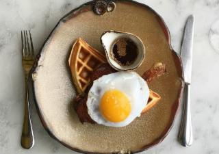duck-and-waffle-london-local-food