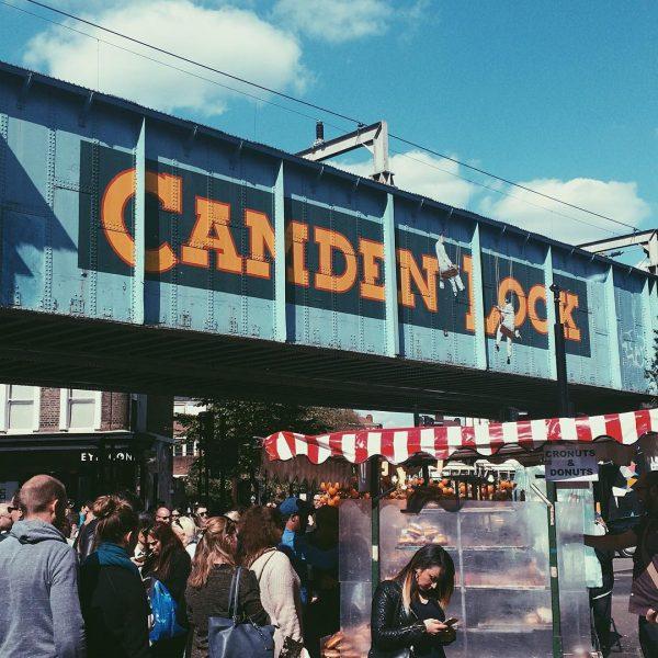 camden-lock-pub-crawl-london