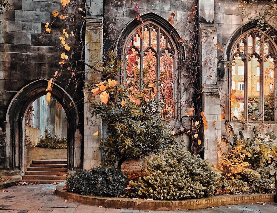 St Dunstan in the East ruined church London