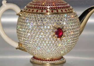 world-record-most-expensive-teapot (1)