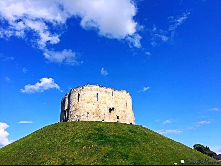 Weeekend in York - Clifford's Tower, York