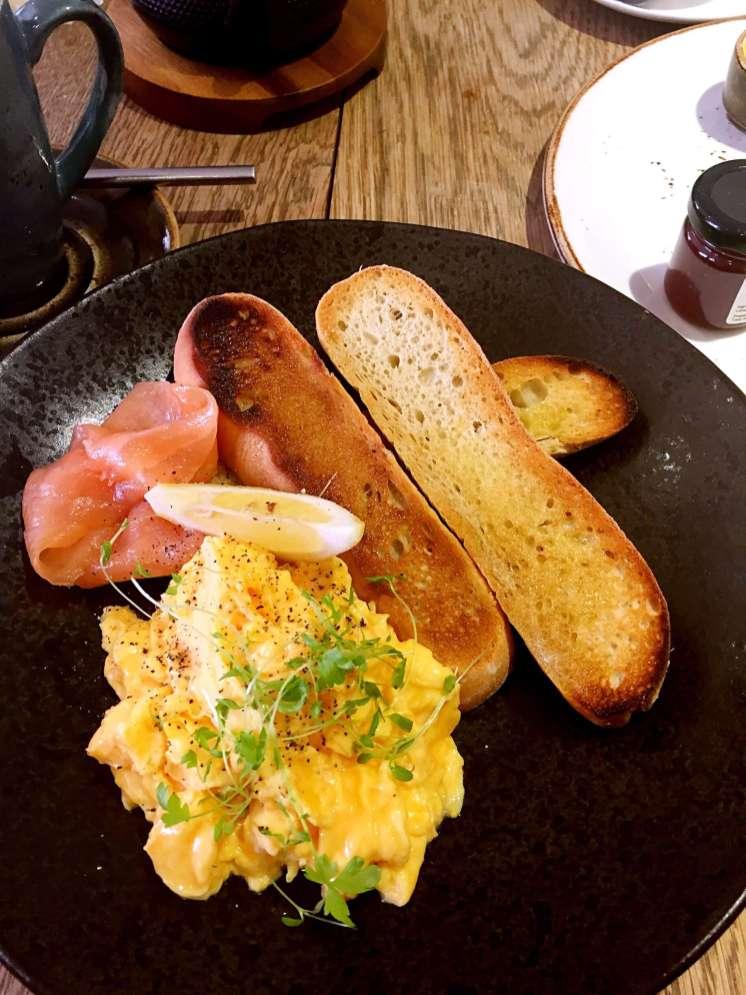 Scrambled egg & salmon