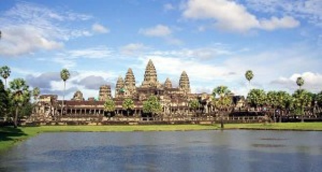 Tempio-di-Angkor-Wat-Cambogia.-Author-Javier-Gil.-Licensed-under-the-Creative-Commons-Attribution-Share-Alike-300x160