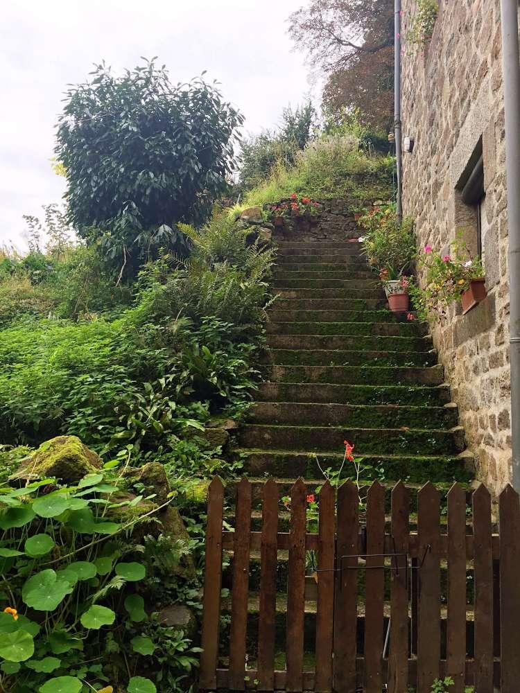 Cute green starirway - Medieval town of Dinan