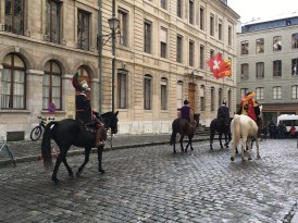 Horsemen in cobbled streets - Weekend in Geneva
