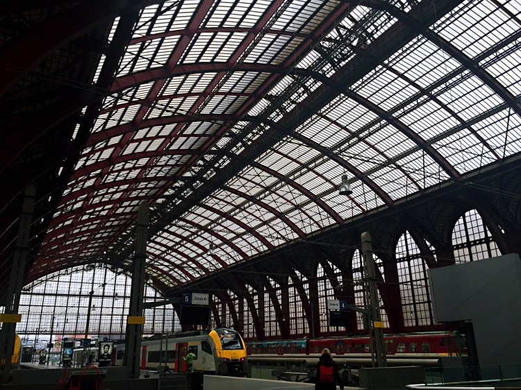 Antwerp Centraal platform - things to do , 24 hours in Antwerp