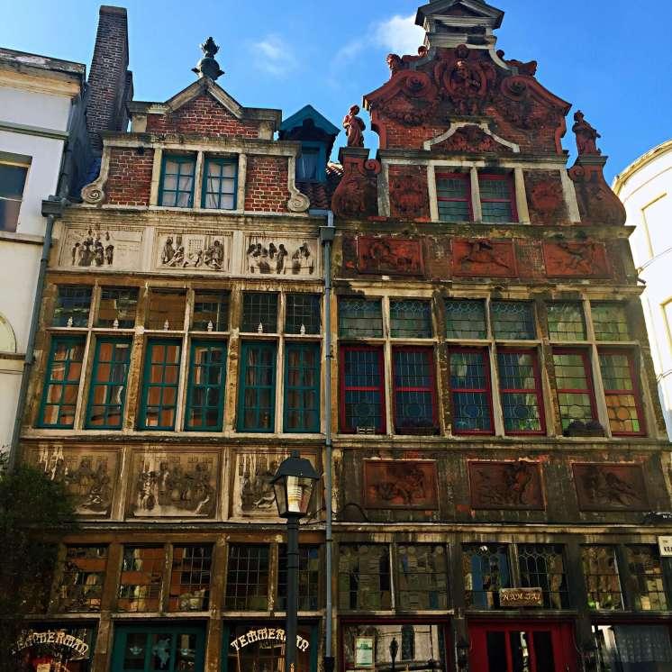 Old medieval houses in Patershol - reasons to visit Ghent