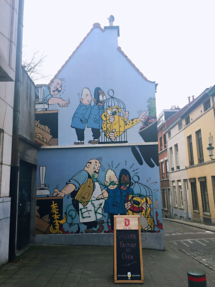 Comics wall - Belgium photo diary