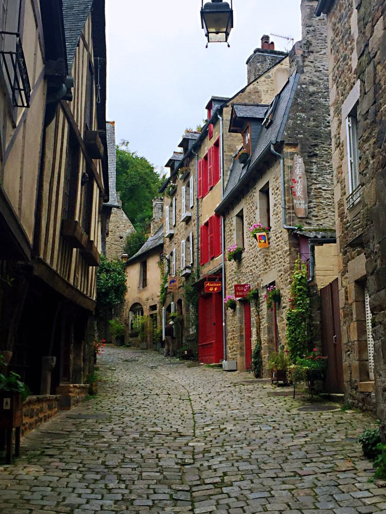 Dinan - Guide to the best tourist attractions, places in Brittany