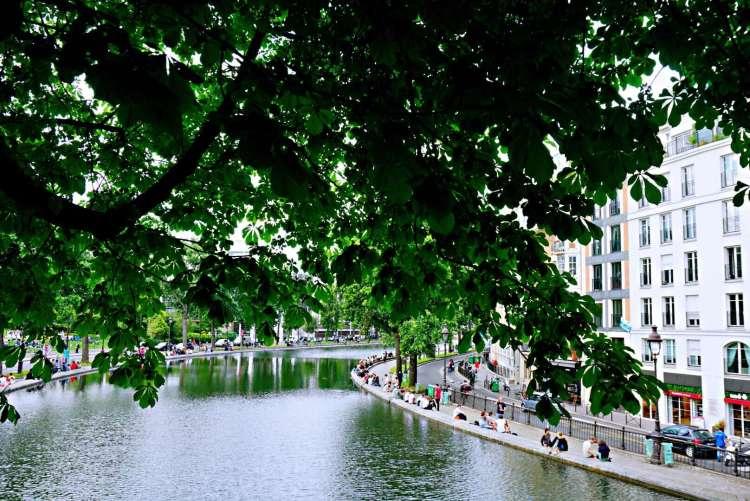 Banks of canal saint martin - Canal saint martin