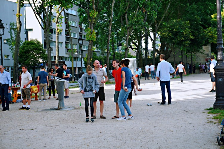 Game of petanque - Canal saint martin