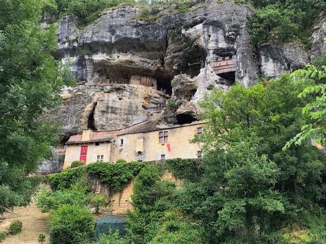 Dordogne caves - Reasons to love France