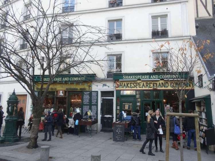 Shakespeare & Company - SecretMoona - Reasons to love France