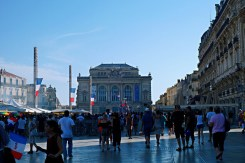Party in Place de la Comedie - Things to do in Montpellier