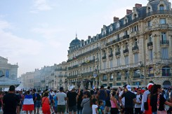 Place de la Comedie filled with people - Things to do in Montpellier