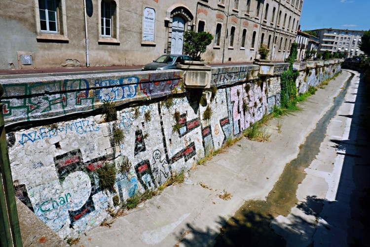 Quay of Verdanson - Street art Montpellier