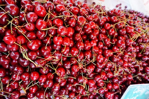 Yummy cherries at Marche Cristal - How to spend 24 hours in Toulouse