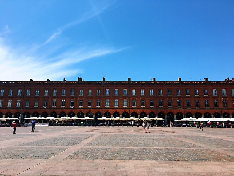Place du Capitole, Things to do in Toulouse