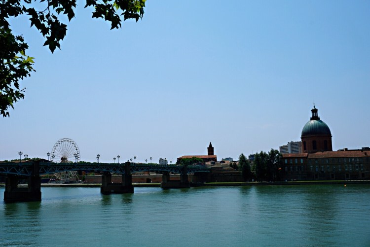 View of River Garonne and Pont Neuf, Toulouse - Visit Occitanie