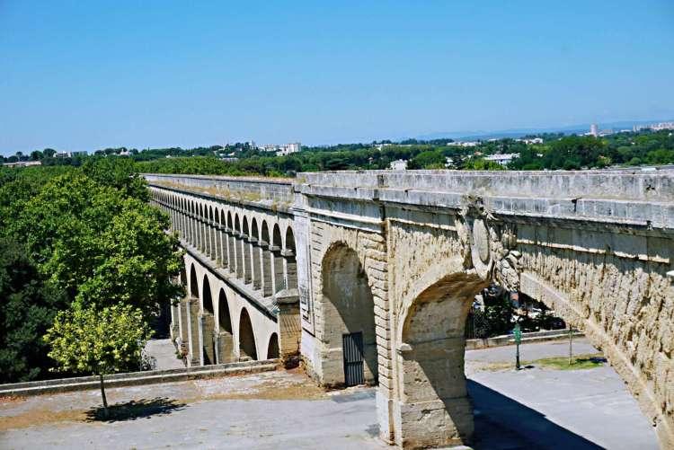 Aqueduct in Montpellier - Visit Occitanie
