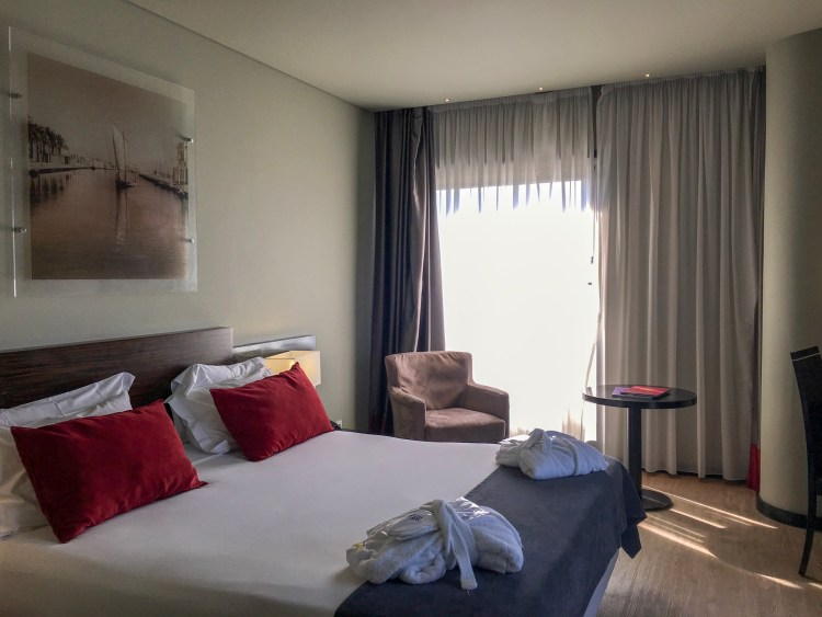 Standard double room at Melia Ria - Things to do in Aveiro