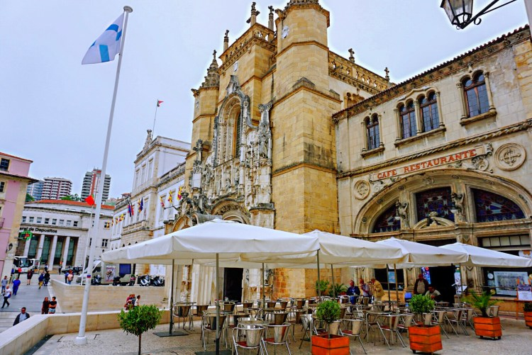 Cafe Santa Cruz - One day in Coimbra