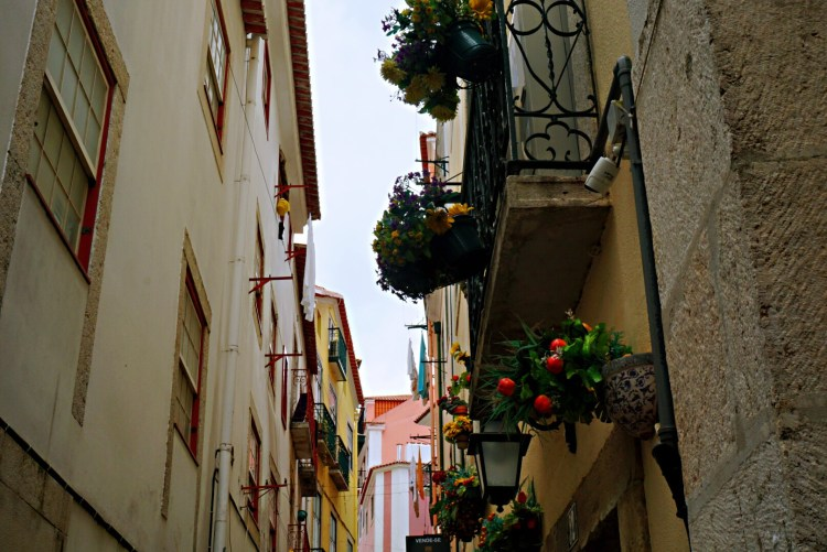 Beautiful balconies in Alfama - 3 day in Lisbon