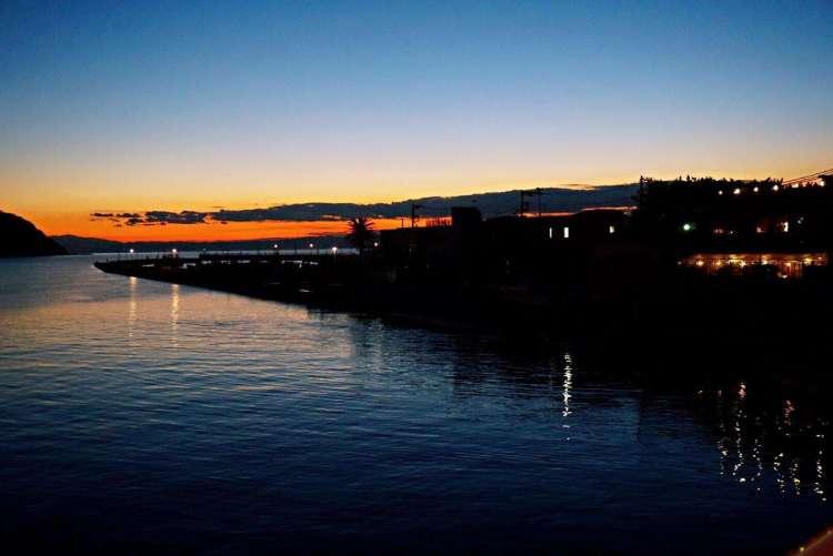 View over Enoshima Island at dawn - Enoshima day trip