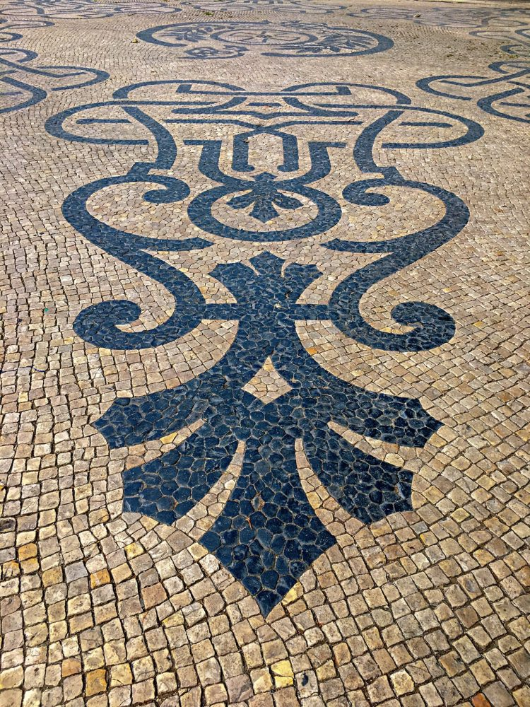 Art on pavement - 3 day in Lisbon