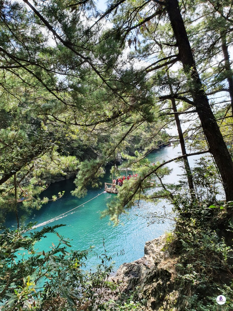 Soesokkak estuary and its emerald water, part of the Jeju Olle Trails