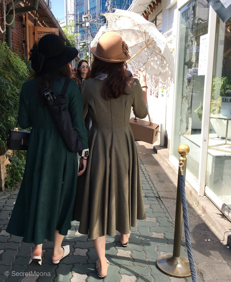 Ladies wearing 1920s inspired clothes walking down Ikseon-dong, Seoul