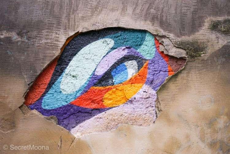 Colourful reptile eye mural, Bordeaux