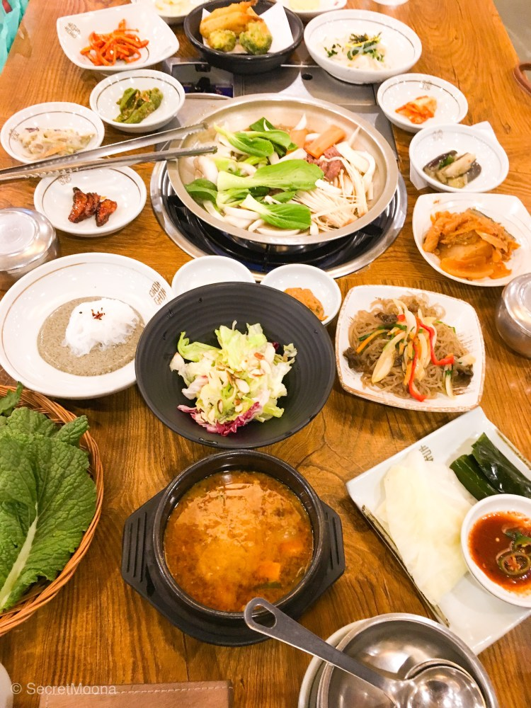 Things to do in Gyeongju: eat ssambap