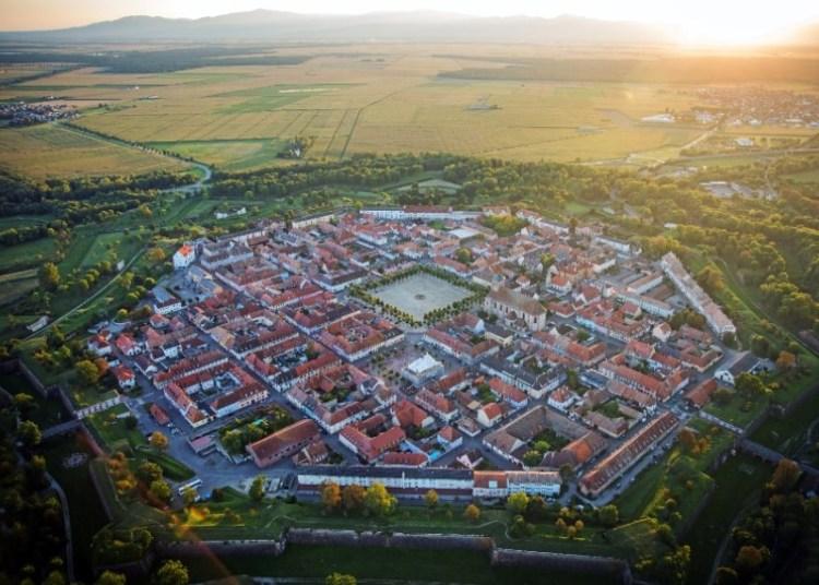 Neuf-Brisach - Guide to the most picturesque and most impressive walled cities and towns in France.