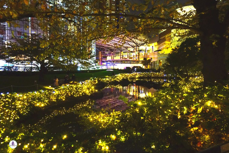 Dazzling Christmas illumination at Roppongi Hills