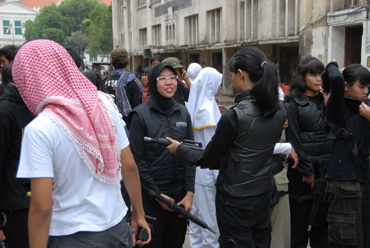 "molenbeek-djihad-charia ""Je me suis rendu à Molenbeek et j'ai survécu"", un témoignage glaçant dans l'enfer du djihadisme islamo-fasciste."