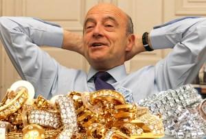 Alain Juppé accusé de financer sa campagne avec les bijoux volés à Kim Kardashian
