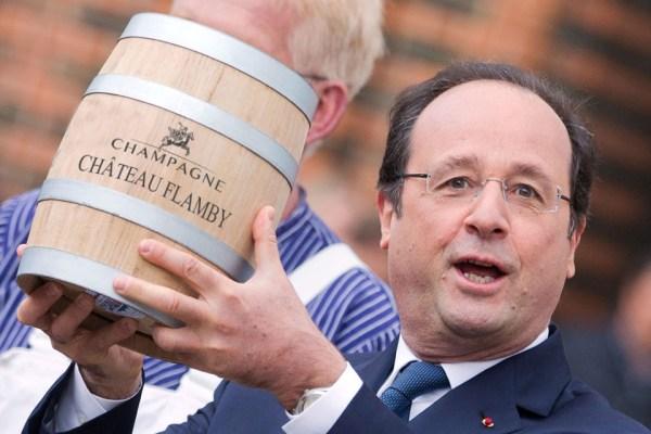 Les français gracient François Hollande, qui est donc libérable de ses fonctions immédiatement