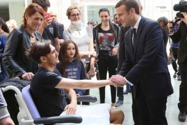 Pour boucher le trou de la sécu, Macron demande aux malades d'être moins malades