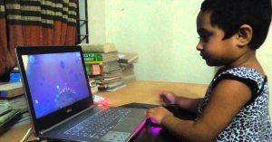 Lysha, la petite indienne de 4 ans qui gère les réseaux sociaux des célébrités (Trump, JUL, etc …)