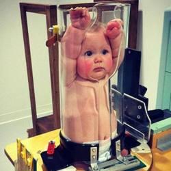 La Russie allonge ses bébés avec des machines pour créer une race plus grande