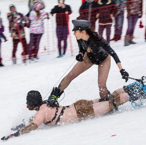 luge-bdsm-sport-olympique-1-1 La luge BDSM fera son entrée aux jeux olympiques d'hiver de 2022