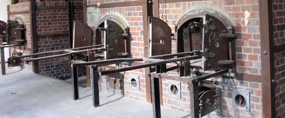 Allemagne : Les fours crématoires de Dachau recyclés en école de boulangerie pour migrants, chômeurs et SDF