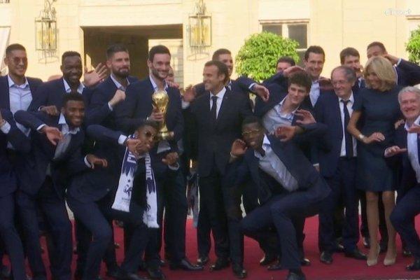 « Tu m'appelles Monsieur Mbappé ou Monsieur le Champion du Monde » – Macron recadré par un joueur de l'équipe de France