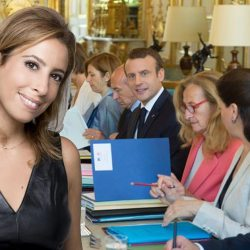 Léa Salamé s'invite au Conseil des Ministres pour annoncer sa démission de France-Inter